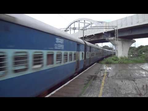 22404 New Delhi Pondicherry Express @MPS..!!!