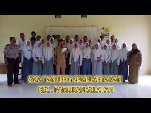Polsek Pamukan Selatan Polres Kotabaru bersama siswa SMA Mendeklarasikan ANTI HOAX