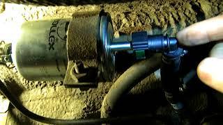 Замена топливного фильтра ваз
