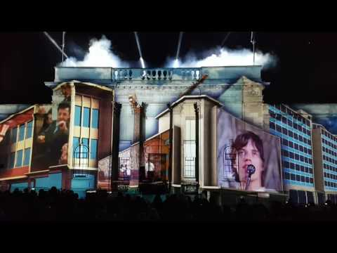 Hull city of culture 2017 light show town centre 1.1.17