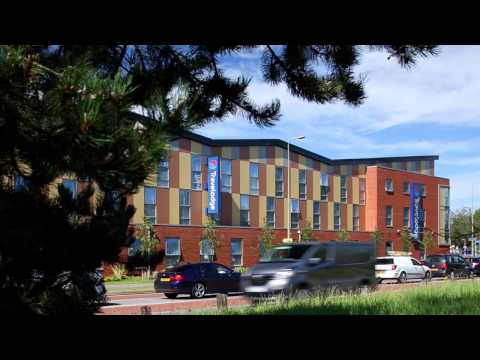 Travelodge Oxford - Senior Architectural Systems