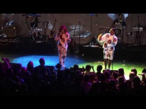 Santigold - Shove It (Live)