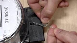 Aplicação do Lacre Trank 4 em Medidor de Energia