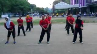 Uji kompetensi 4 Senam Morena Kelompok 4 PENJASKESREK UNS Angkatan 2012