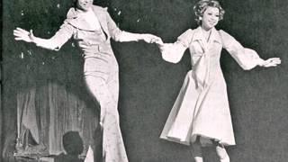 1976年花組公演より 使用した写真は宝塚ステージ・アルバム1976年版から...