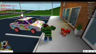 i meet connor ttg in roblox with my friend scarce :D