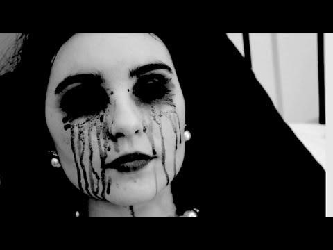 Monstre (Short Experimental Film)