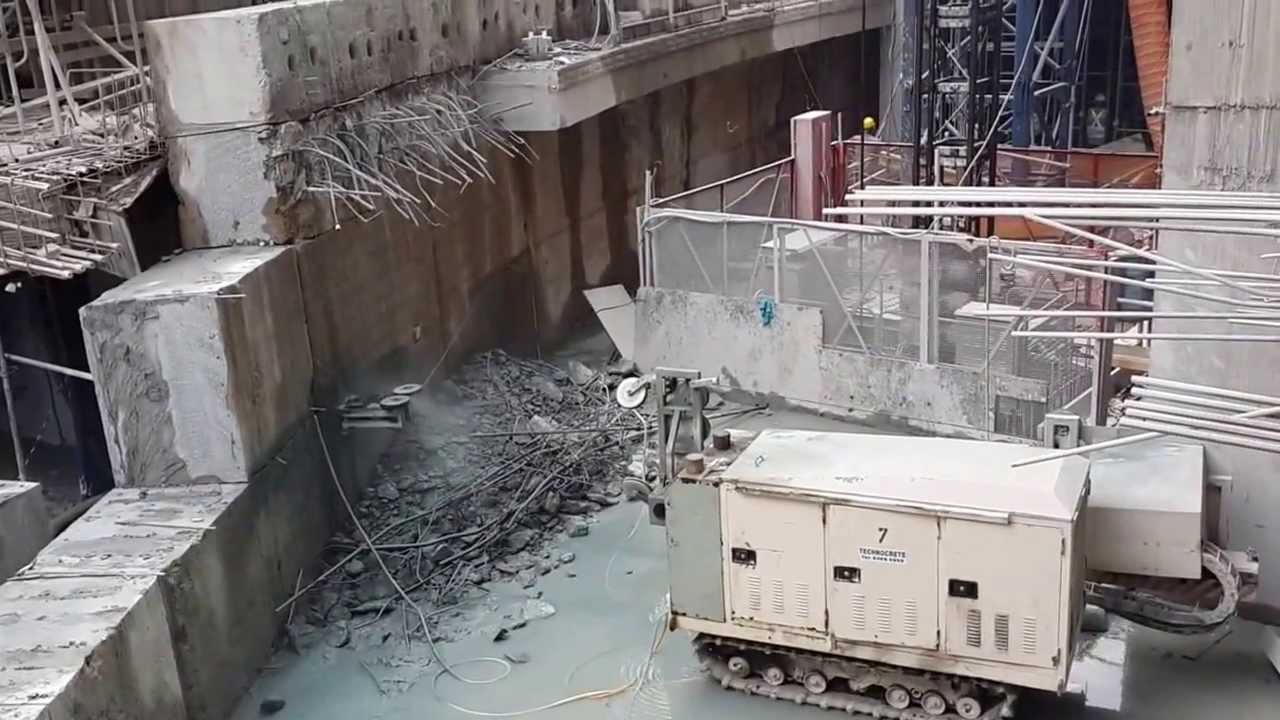Diamond wire sawing equipment for cutting reinforced concrete - YouTube
