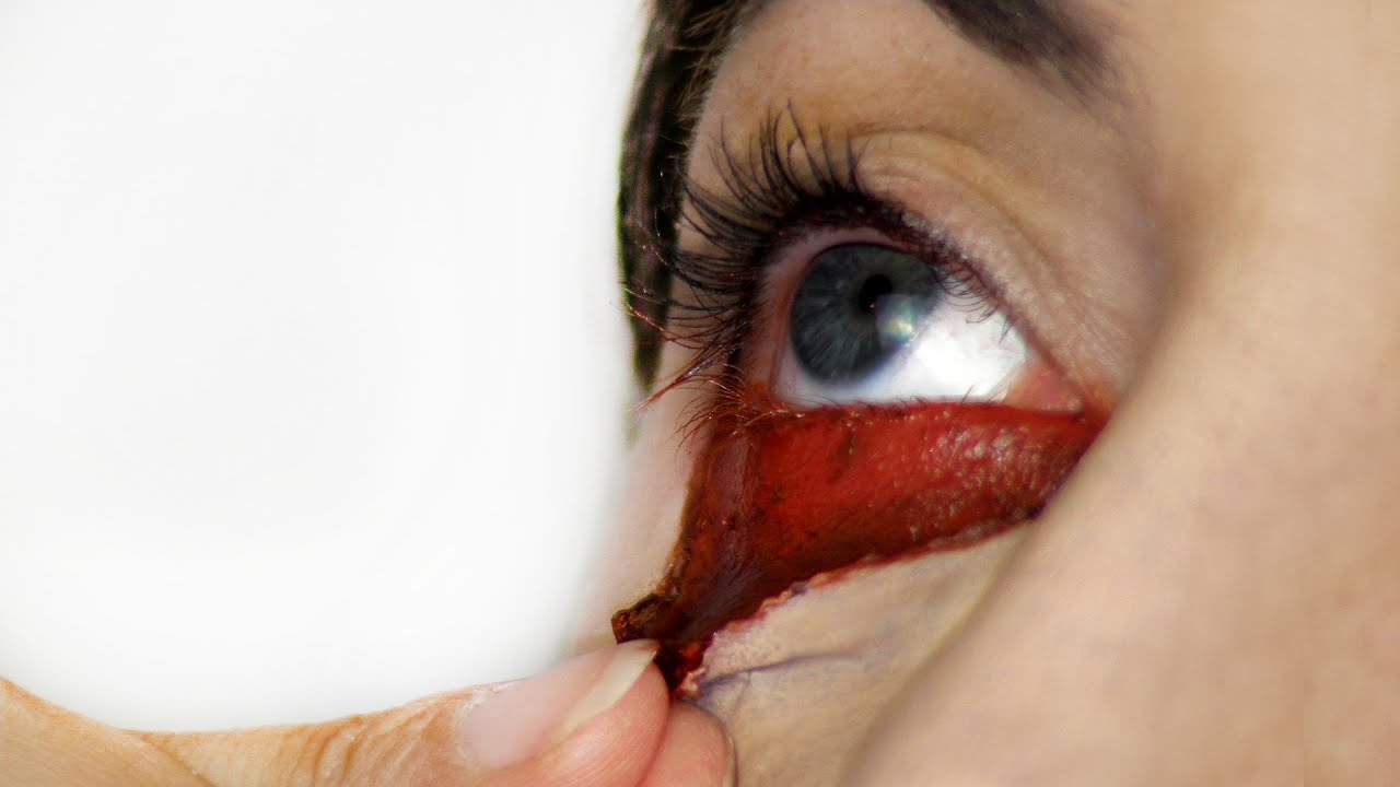 how to stop bleeding lip from shaving cut