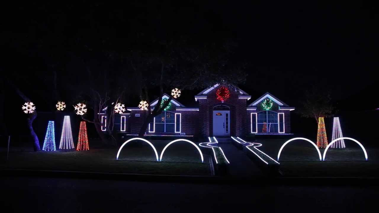 2013 Johnson Family Dubstep Christmas Light Show - YouTube