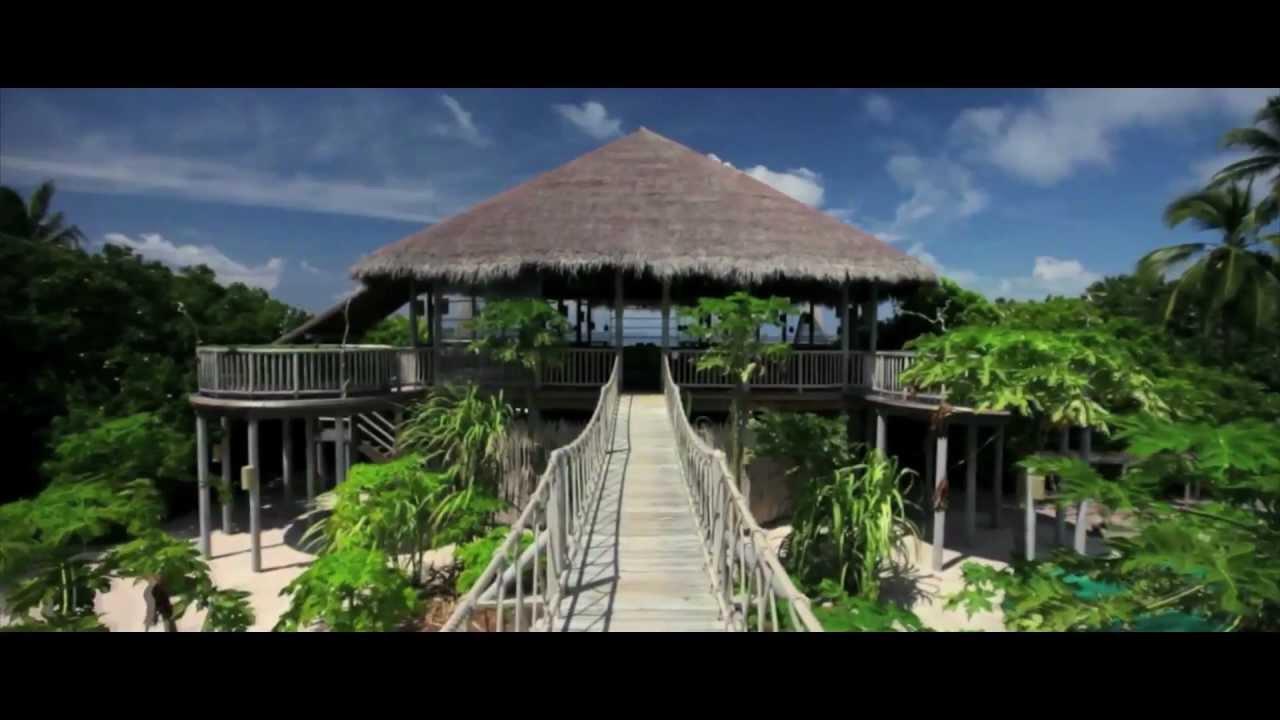 Download Wonderful World - Salma Dodia (Official Video HD)