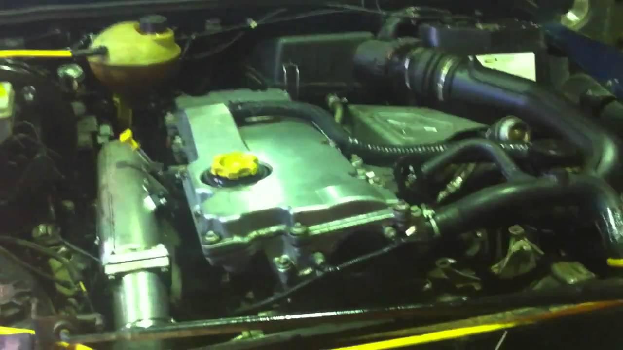 land rover defender 2003 td5 engine for sale in essex cm0. Black Bedroom Furniture Sets. Home Design Ideas