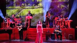 Pastora Soler - Volver a Sevilla (Directo)