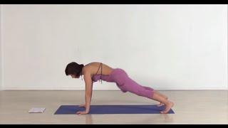 Заряжающий энергией комплекс йоги для утренней практики. Валерия Новикова