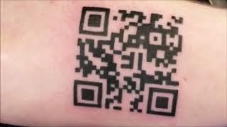 Беснование QR code tattoo и штрих код на руку и тело