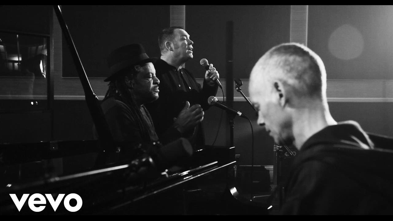 UB40 FEATURING ALI, ASTRO AND MICKEY – Unplugged + Greatest