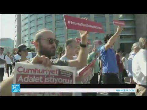 مظاهرة في تركيا للتنديد بقمع حرية التعبير  - 13:22-2017 / 7 / 25