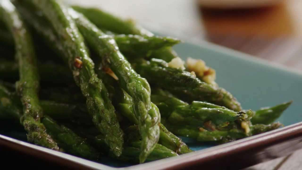 How To Make Sauteed Garlic Asparagus