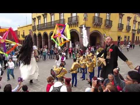 Saiba como é um casamento no interior do México