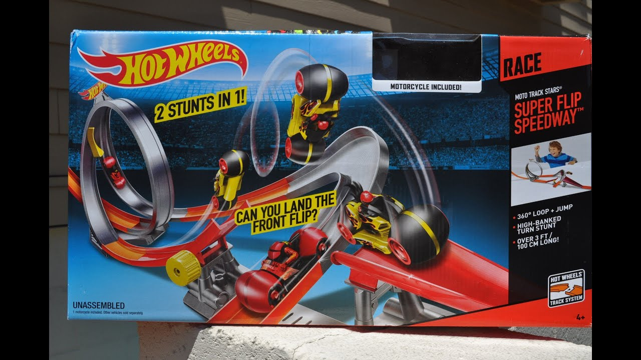 In Action Hot Wheels Moto Track Stars Super Flip Speedway Mattel S Latest Take On Motorcycles Youtube