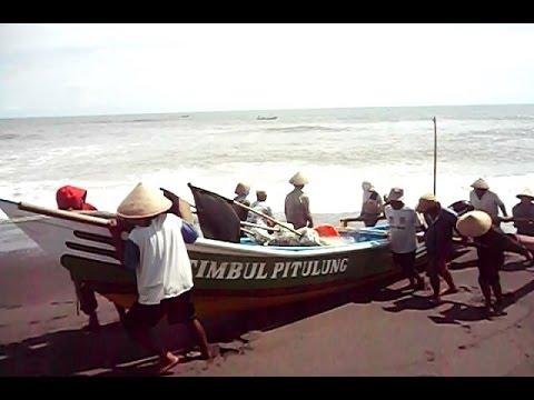 PANTAI DEPOK TPI - Beach of Yogyakarta - Tourism Destination of Indonesia [HD]
