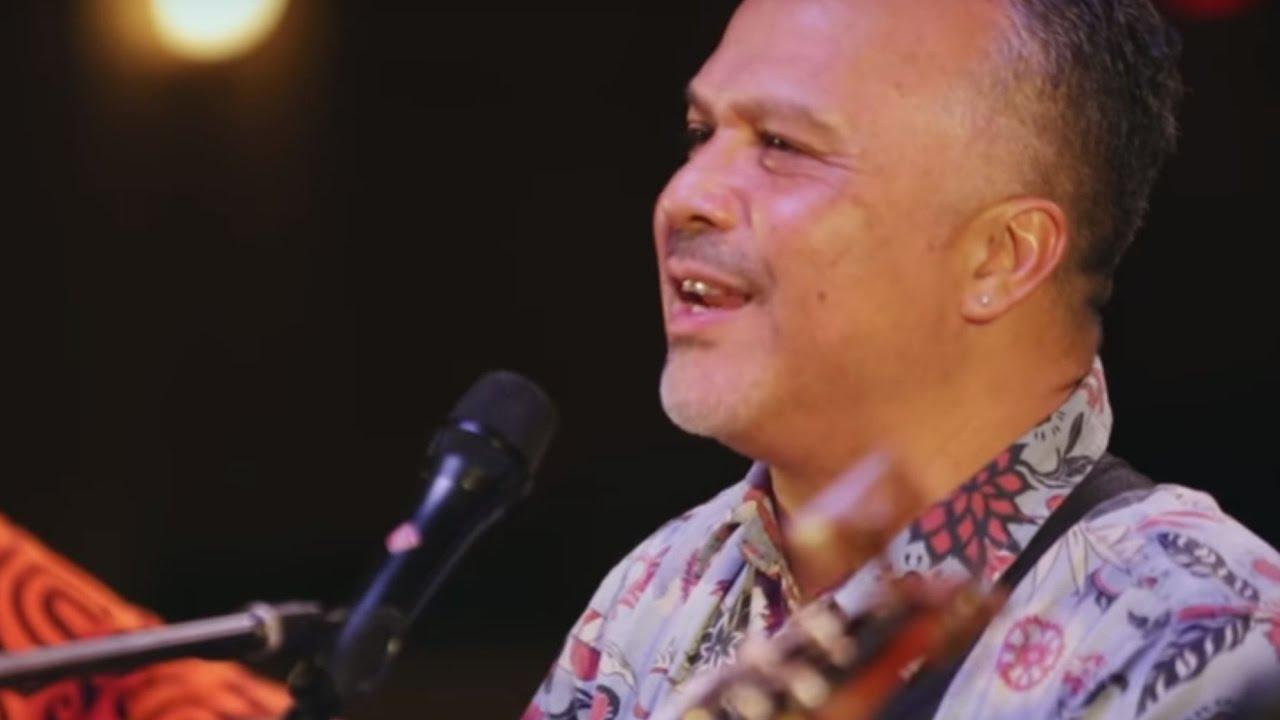 Weldon Kekauoha - Ka Lehua 'Ula (HiSessions com Acoustic Live!)