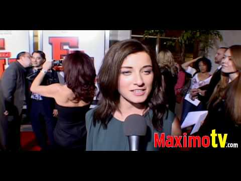 Margo Harshman  at Fired Up! Premiere