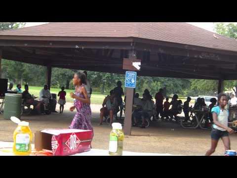 WJWZ 97.9 JAMZ Park Party 2011 @ Oak Park (Montgomery, AL)