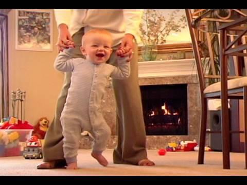 Newborn Development Month 10 (Baby Health...