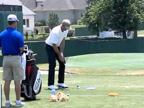 Geoff Ogilvy PGA Tour, Practicing his favorite golf drill (Baseball Drill)