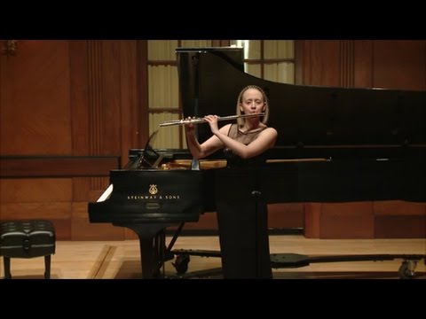 Emma Resmini: Scrivo in Vento by Elliott Carter