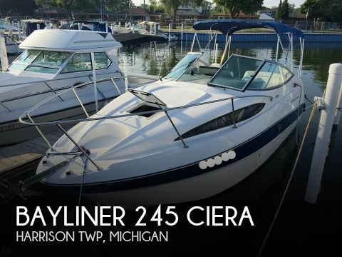 [SOLD] Used 2008 Bayliner 245 Ciera in Harrison Township, Michigan