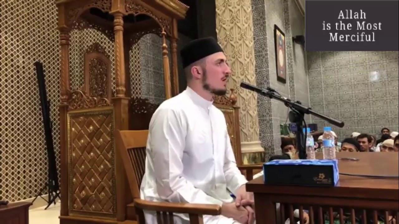 Download Make it a habit to read Surah Waqiah every night ! Beautiful Quran Recitation,.