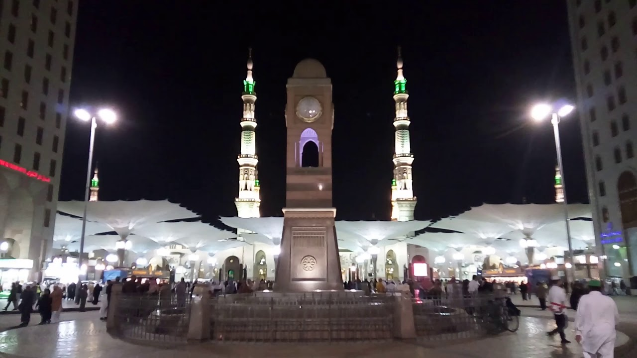 Suasana Di Sekitar Masjid Nabawi Kota Madinah Malam Hari Youtube