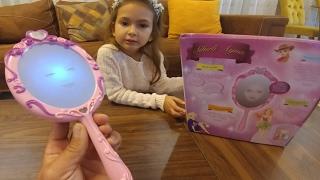 Prenses sihirli ayna, çözmemiz çok zor oldu , eğlenceli çocuk videosu Video