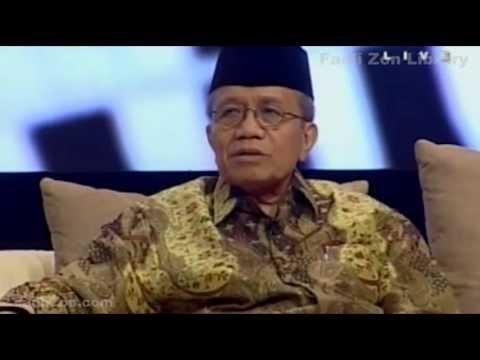 Satu Jam Lebih Dekat dengan Taufiq Ismail