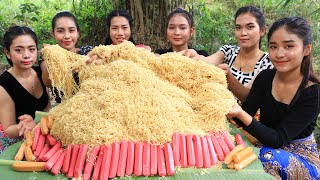130 packet noodles stirfry with hot dog recipe in my village  Amazing video
