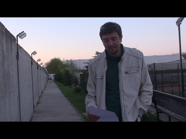 Константин Умлев читает произведение «Мы встретились случайно, на углу...» (Бунин Иван Алексеевич)