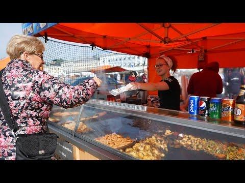 Helsinki Market Square Street Food (4K)