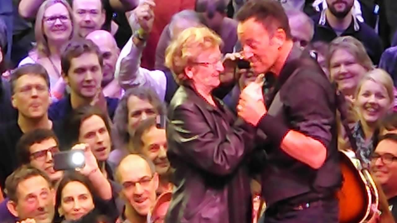 Bruce Springsteen Dancing In The Dark February 2 2016 In Toronto