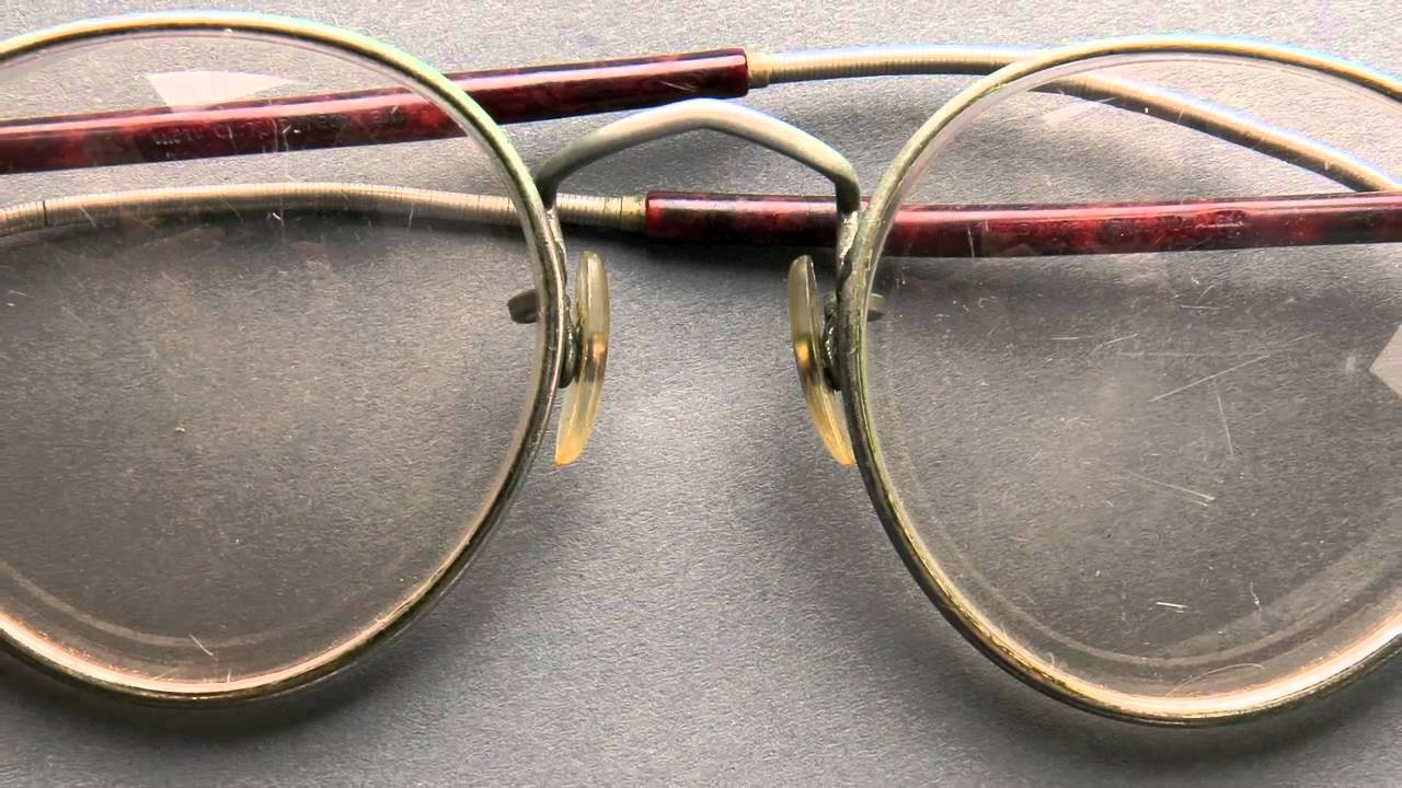 John Lennon\'s iconic glasses - YouTube