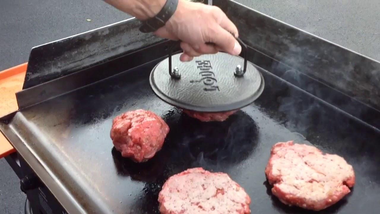 Smash Burgers on the $100.00 Modified Blackstone 28