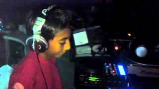 DJ EDSON DE POCHUTLA EN SMILE DANCE BAR PUEBLA.MP4