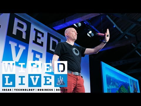 """""""Will Your iPhone Ever Have Consciousness?"""" with Marcus du Sautoy 
