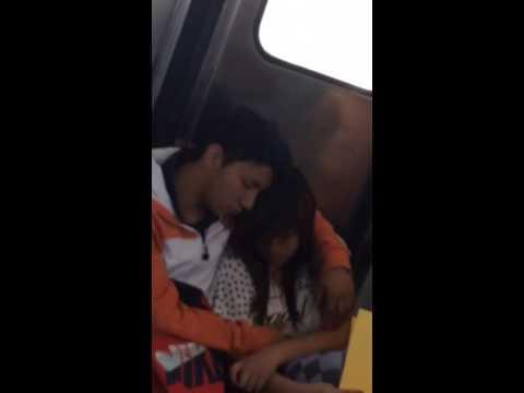 Gordita manoseada en el metro Río de los Remedios!