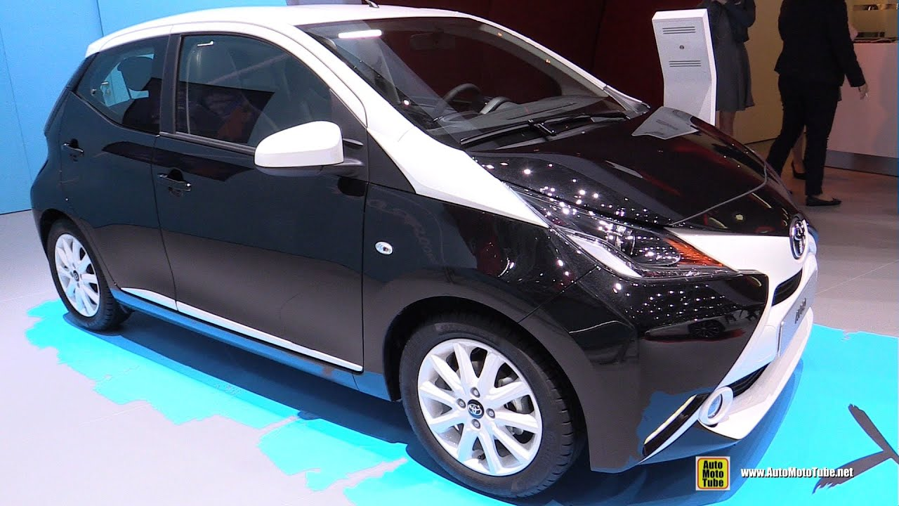 2015 toyota aygo exterior and interior walkaround 2015 geneva motor show youtube. Black Bedroom Furniture Sets. Home Design Ideas