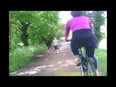 04/05/2014 - Iren rides the Thames Path