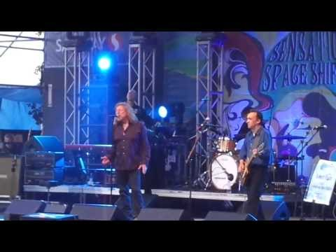 Robert Plant And the Sensational Space Shifters- Whole Lotta Love