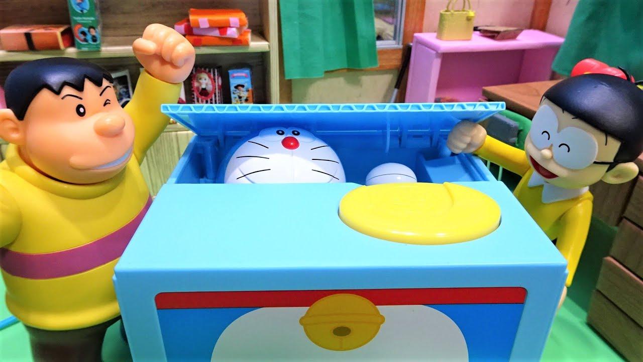 ドラえもん貯金箱にのび太君がお小遣いを隠すよ!ジャイアンがドラえもん貯金箱を発見しちゃった!のび太の部屋