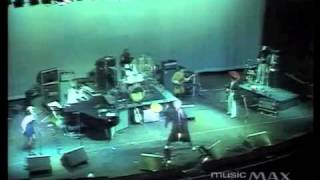 The Kinks, the Dec 24 1977 show.